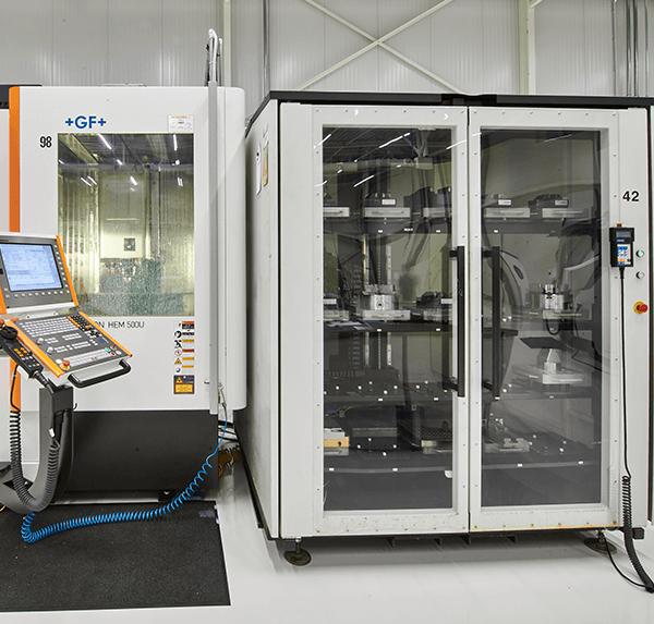 CNC-freesmachine-mikron-HEM-500U